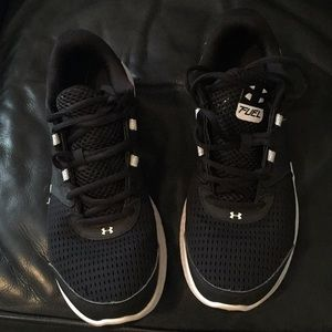 Under Armor Running shoes (10.5)
